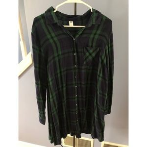 Navy and green flannel dress Old Navy large NWOT
